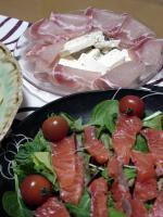 カルパッチョ&生ハム、チーズの盛り合わせ