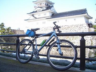富山城址からスタート