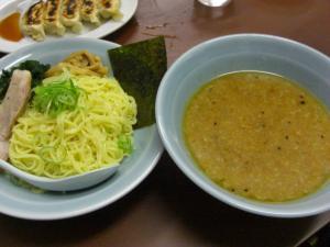 08112218ラーショ・つけ麺 610円
