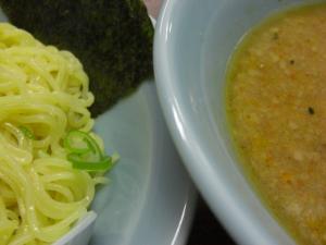 08112218ラーショ・つけ麺 スープ、麺アップ