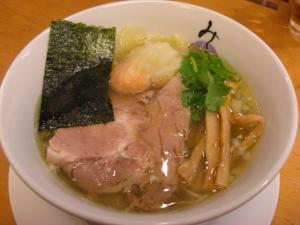 08122014みどり・blog限定ワンタン麺 800円