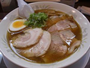 08123013やまと・中華そば肉入り(並) 800円