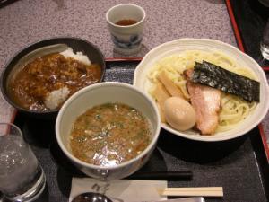 09010411くわ田・濃厚つけ麺 700円&味玉 100円&ミニカレー丼 290円
