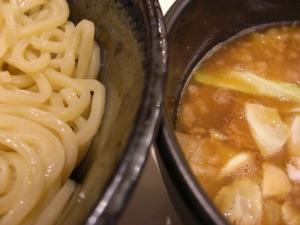 09010520満帆太田・チャーシューぶたぶたつけめん 麺&スープアップ