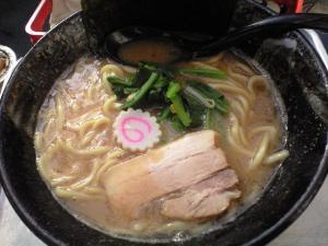 09021513満帆太田・豚骨醤油 650円
