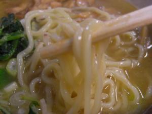 09022019常勝軒・2月限定メニュー「サトウのシオ」 麺アップ