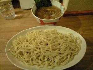09032119○汁屋・つけ麺 790円
