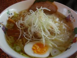 09041912奥我・ワンタン麺(しお) 850円