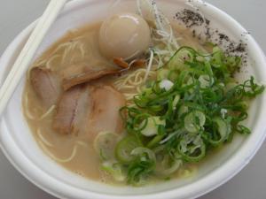 09043013信越麺戦記Part1・気むずかし家 豚極 700円