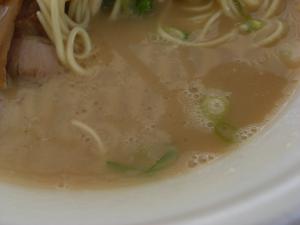 09043013信越麺戦記Part1・気むずかし家 豚極 スープアップ