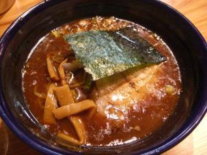 09060820長谷川・醤油らーめん(トンコツ魚介系) 630円