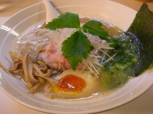 09061019燵家製麺・燵家製麺、改(鶏白湯ラーメン) 750円