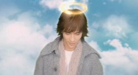 天使の輪が妙に似合う