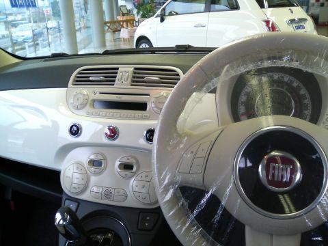 FIAT500-3