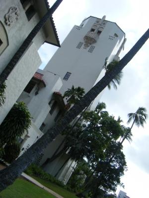HonoluluHale.jpg