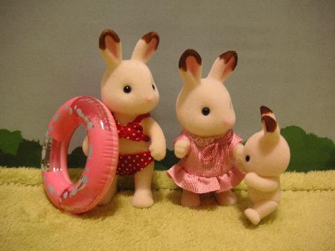 ショコラウサギ浮き輪3