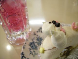 プードルケーキとソーダ水