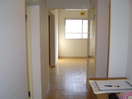 マンション堀203玄関