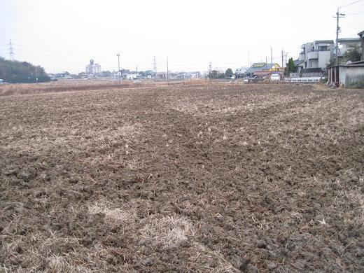 H21.12.30 第1回目の田んぼの耕起 @002