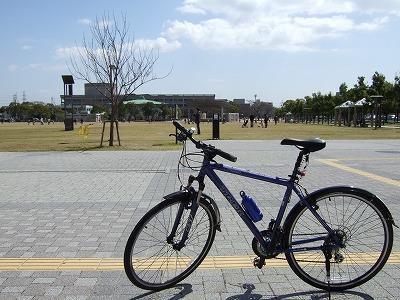 武庫川サイクリングロードその5(宝塚市役所前)