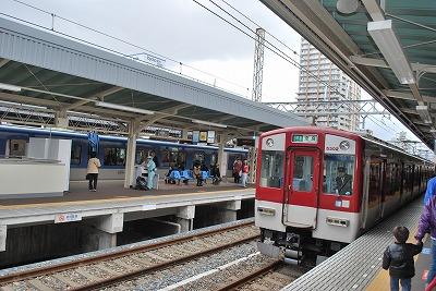 阪神尼崎駅ホーム