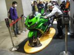 ZX-14斜め前