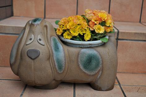 090305 082 犬の花器
