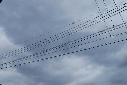 090517 048 曇り空