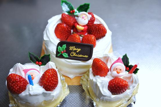 091225 067 クリスマスケーキ