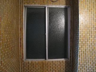 みょうばん窓