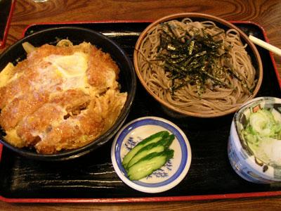 080607ざるそばと卵カツ丼(角八) 002
