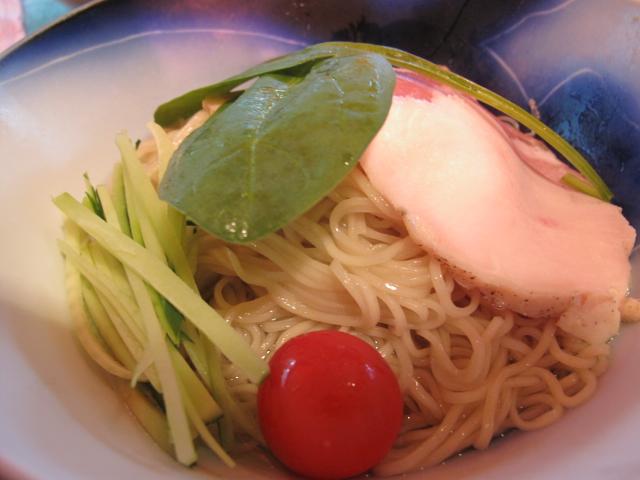 ニューサマーの麺