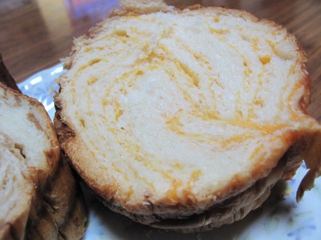 夕張メロンのラウンドパン
