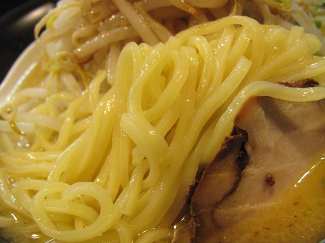 TOKYO 鶏そば TOMOの麺