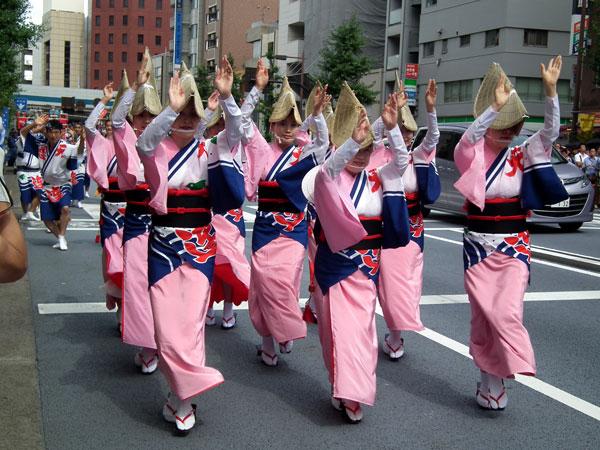 目黒さんま祭りでの阿波おどり
