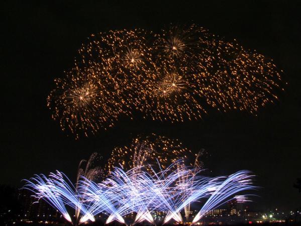2011年 川崎市市制記念多摩川花火大会(1)