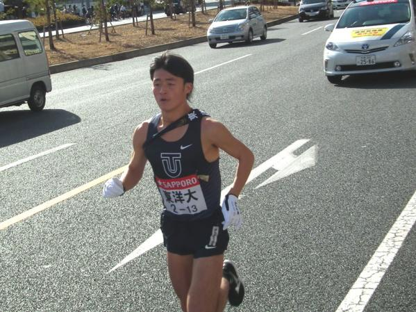 ぶっちぎりのトップを走る東洋大 齋藤選手