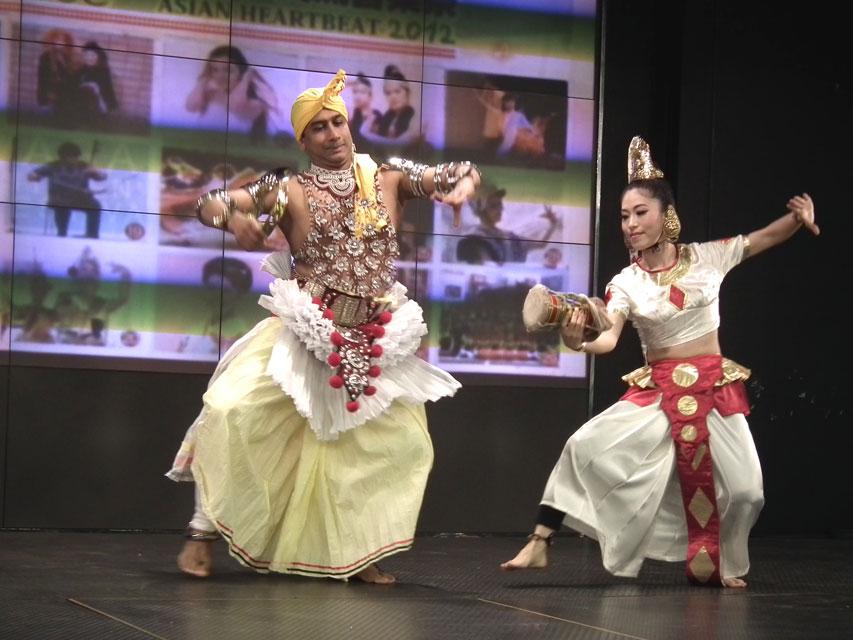 スリランカ伝統の踊り