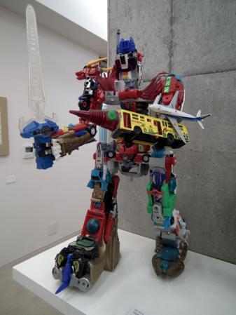 ヨコハマトリエンナーレ「黄金町バザール2011」の展示(1)