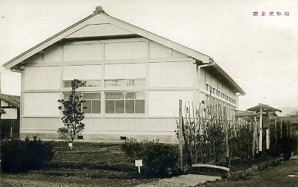 亀岡農学校講堂