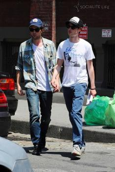 Robert Pattinson_Tom Sturridge