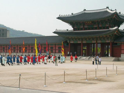 kyong1.jpg