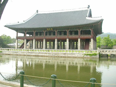 kyong3.jpg