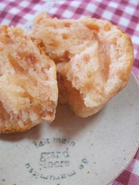 イチゴ酵母のマフィン