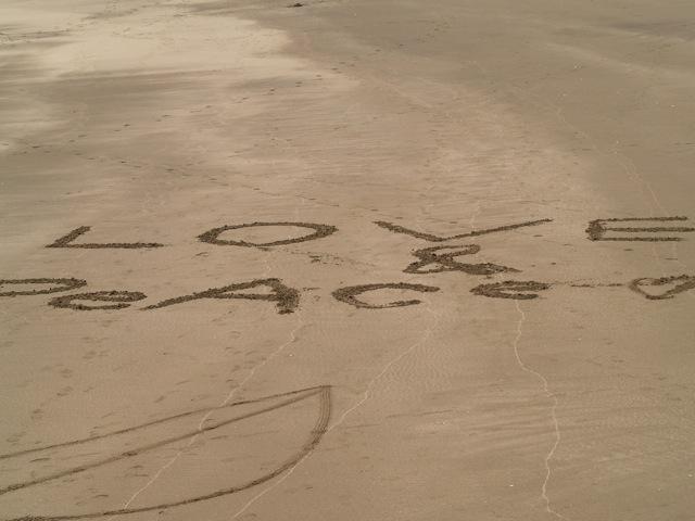 lovepeace200904301.jpg