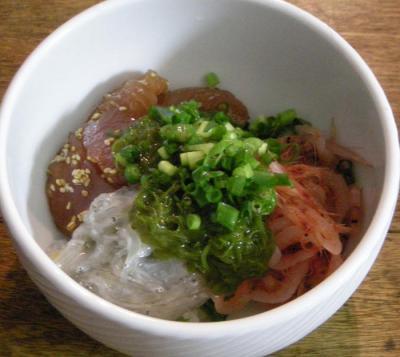 生シラスと桜えびとまぐろの海鮮丼 2008.5.23