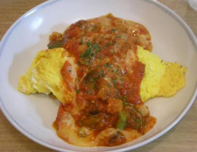 チキンと野菜のオムライス!トマト&チーズのソースで!2008.7.11