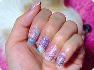 白・水色・紫ウォーターマーブルネイル