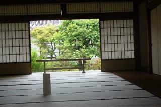 部屋からの庭
