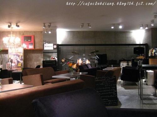 b1-cafe001-2.jpg